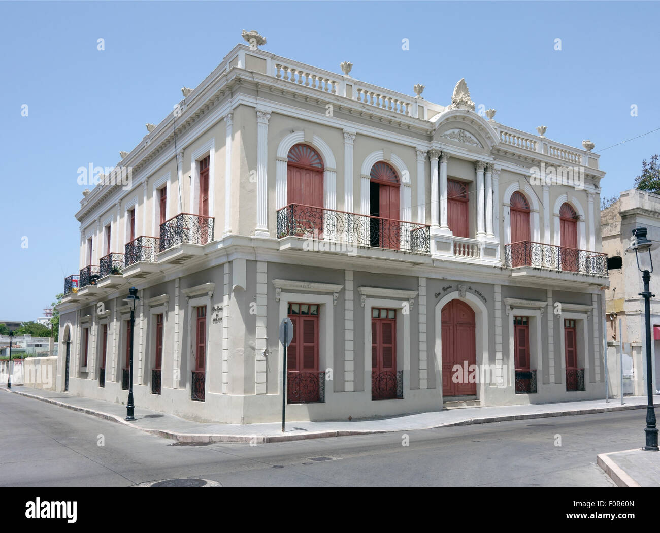 Businesses closed in Ponce - Stock Image