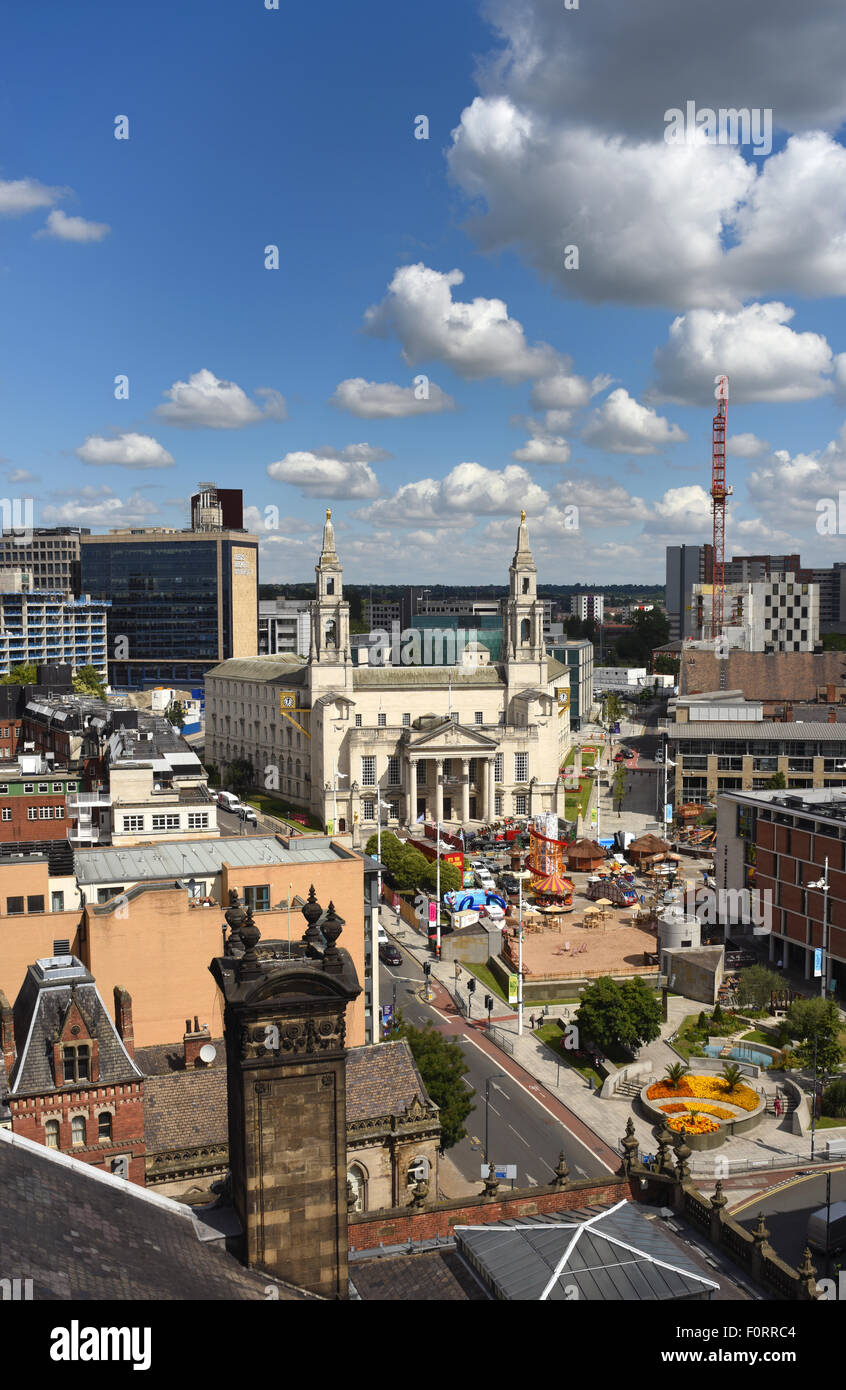 skyline and leeds civic hall designed by vincent harris united kingdom - Stock Image