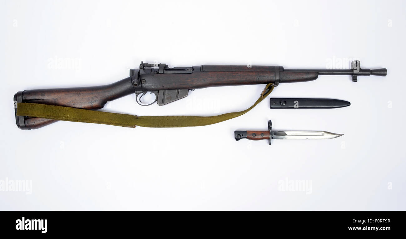 WW11 British Lee Enfield number five jungle carbine and bayonet as used in the Far East against the Japanese ww2 - Stock Image