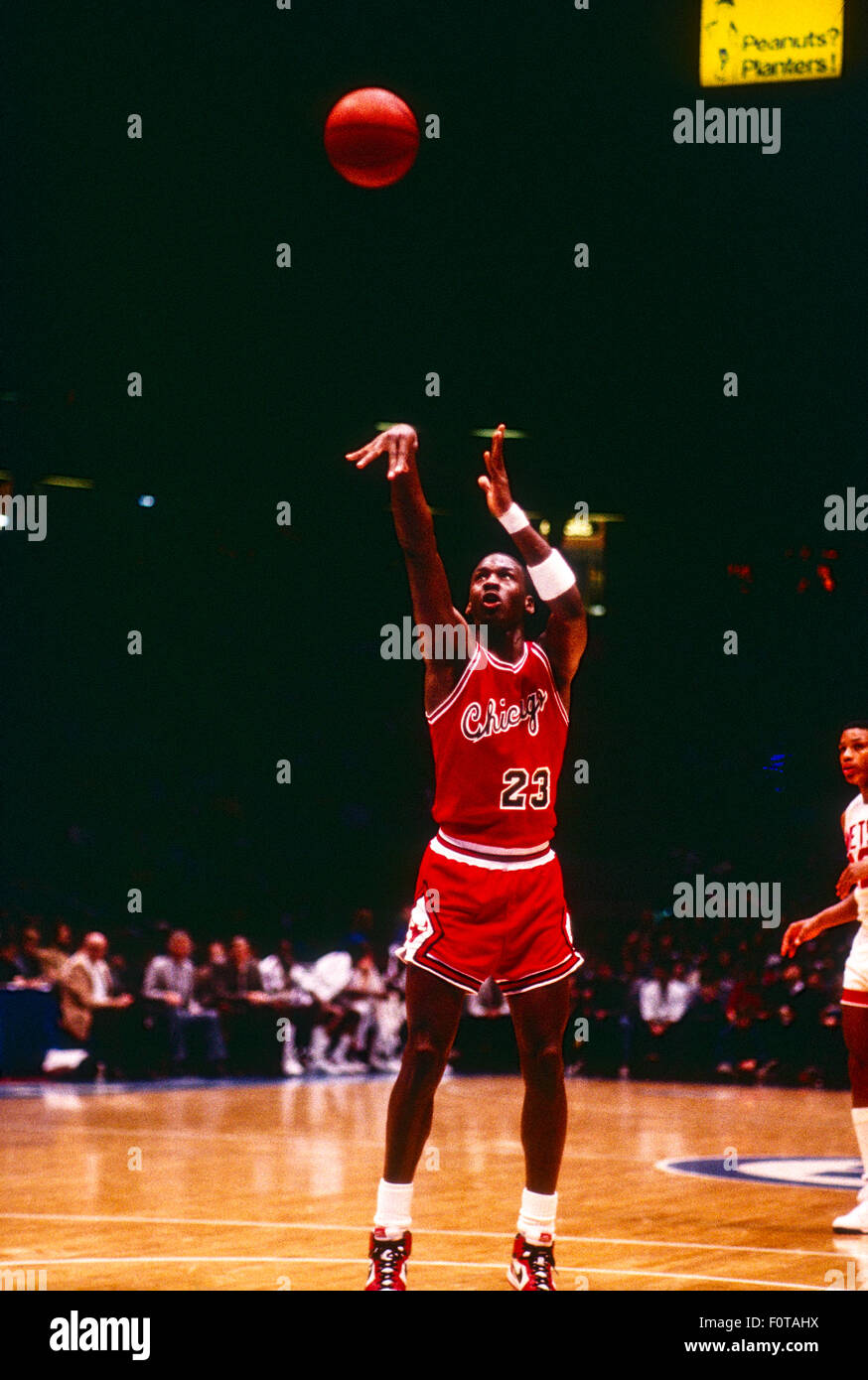 sports shoes b8d3f 5beed Michael Jordan competing for the NBA Chicago Bulls - Stock Image