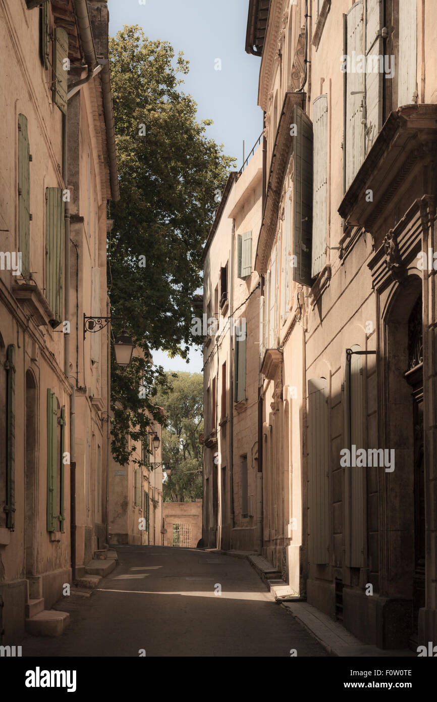 Narrow french street of houses no pavements and without people - Stock Image