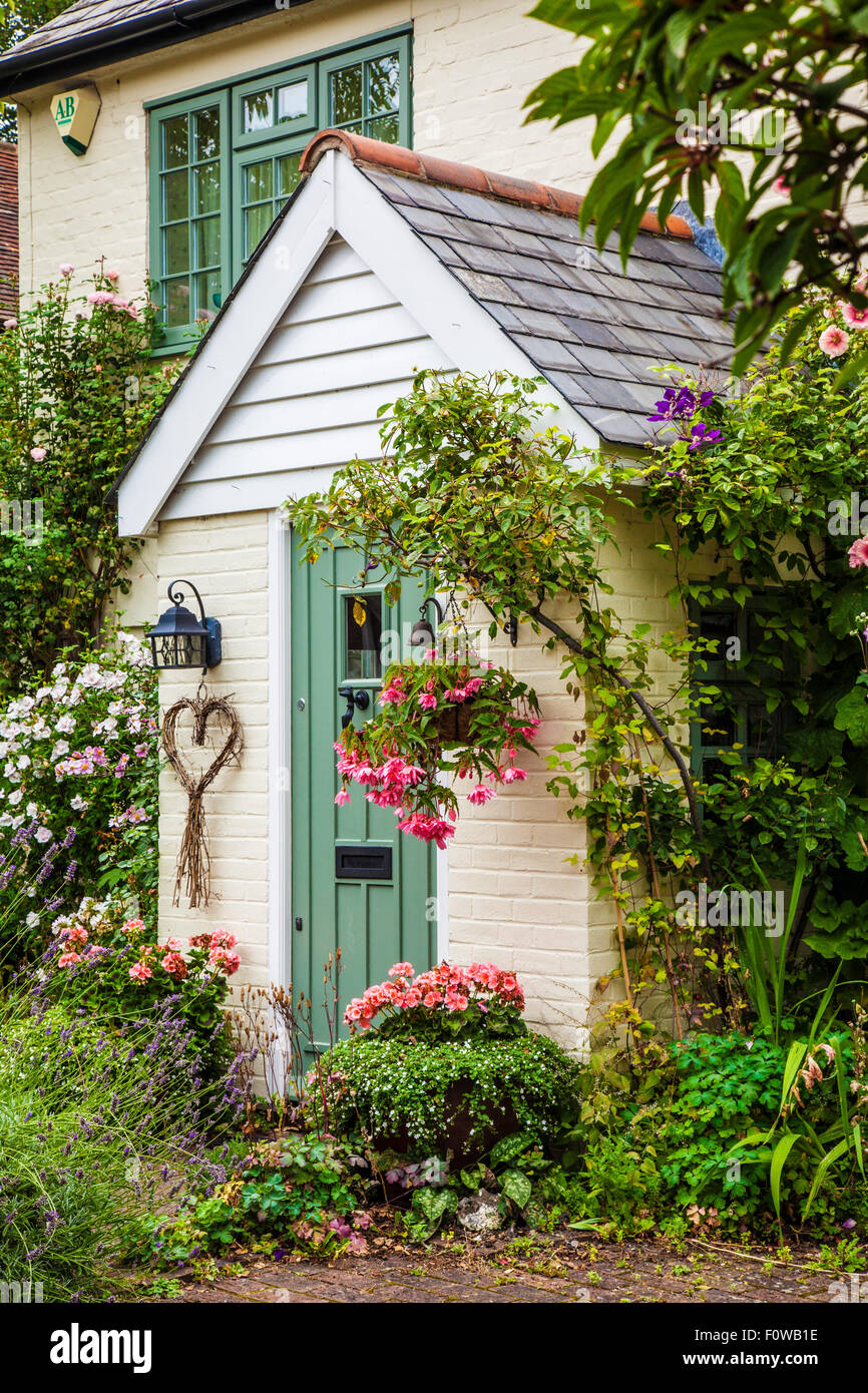A pretty country cottage in the Kentish village of Shoreham. - Stock Image