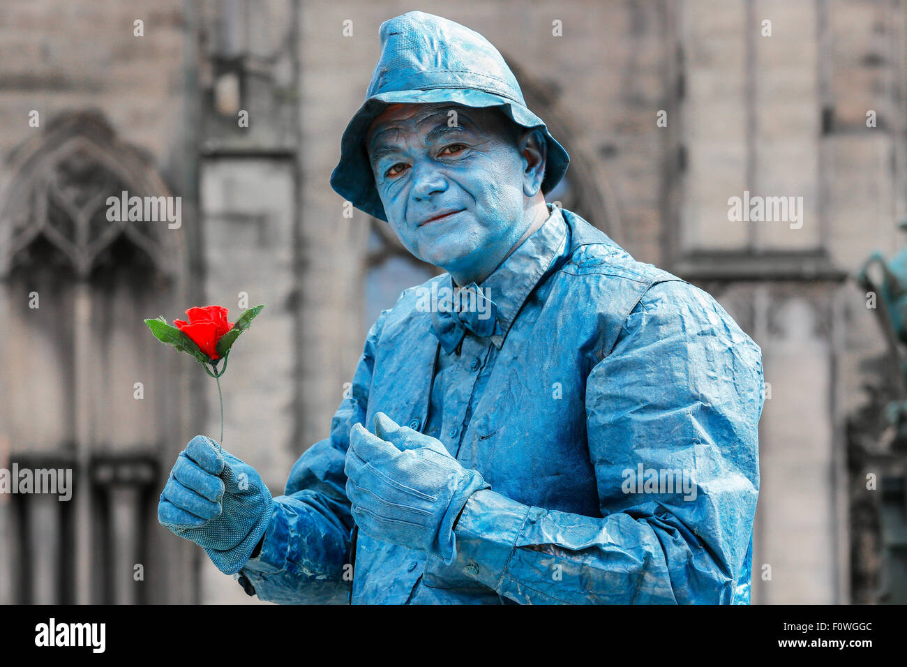 Nebojsa from Serbia, actor, as a street statue in the Royal Mile, Edinburgh during the Fringe Festival, Scotland, - Stock Image