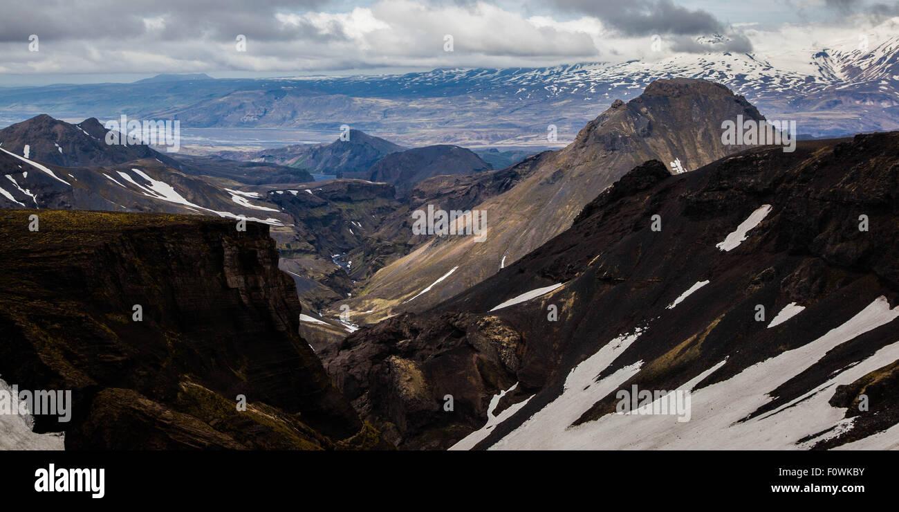 Viewing along the Fimmvörðuháls Trail in Iceland near landmannalaugar. - Stock Image