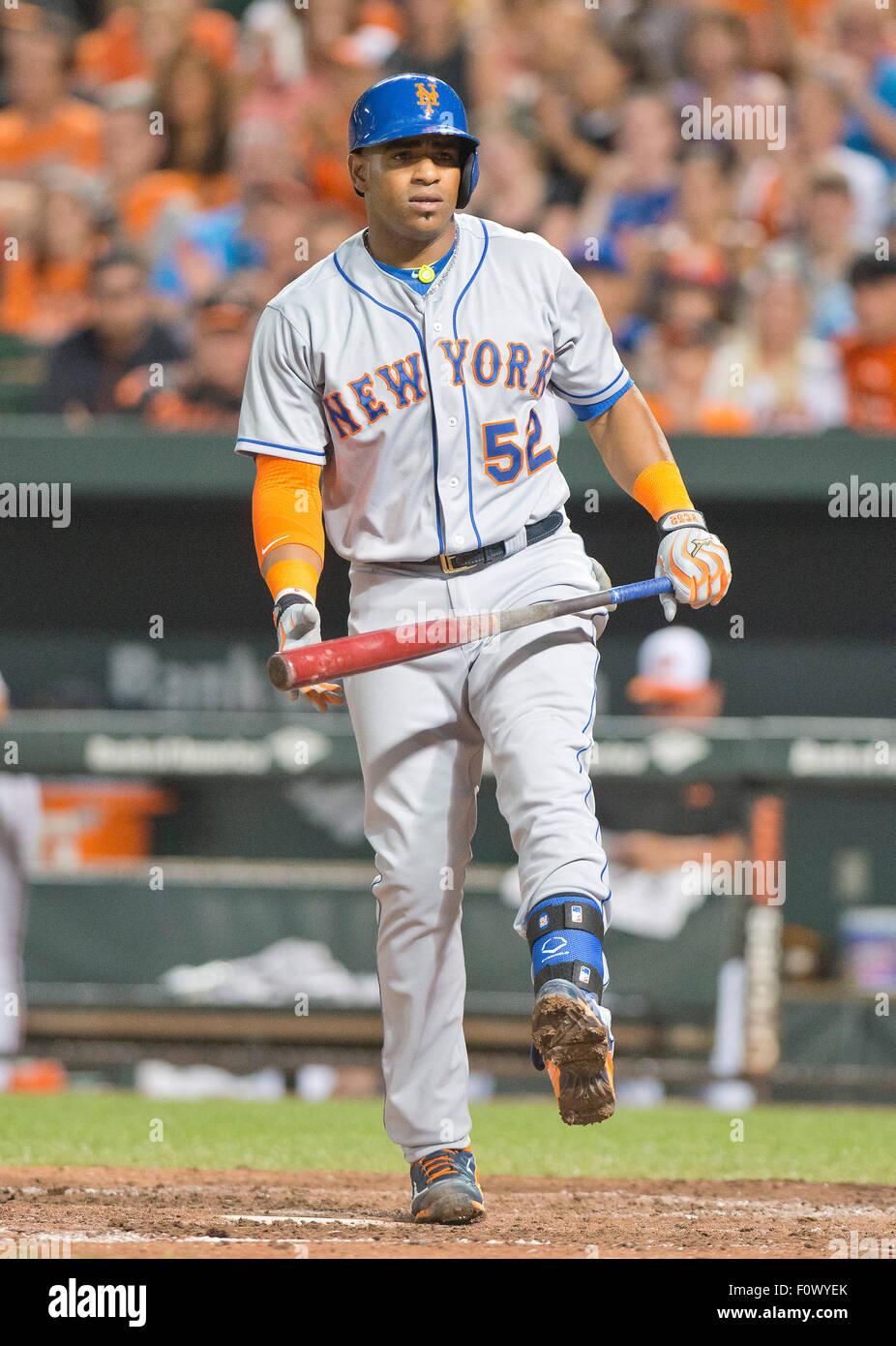 on sale e79bc 4e274 New York Mets designated hitter Yoenis Cespedes (52) reacts ...