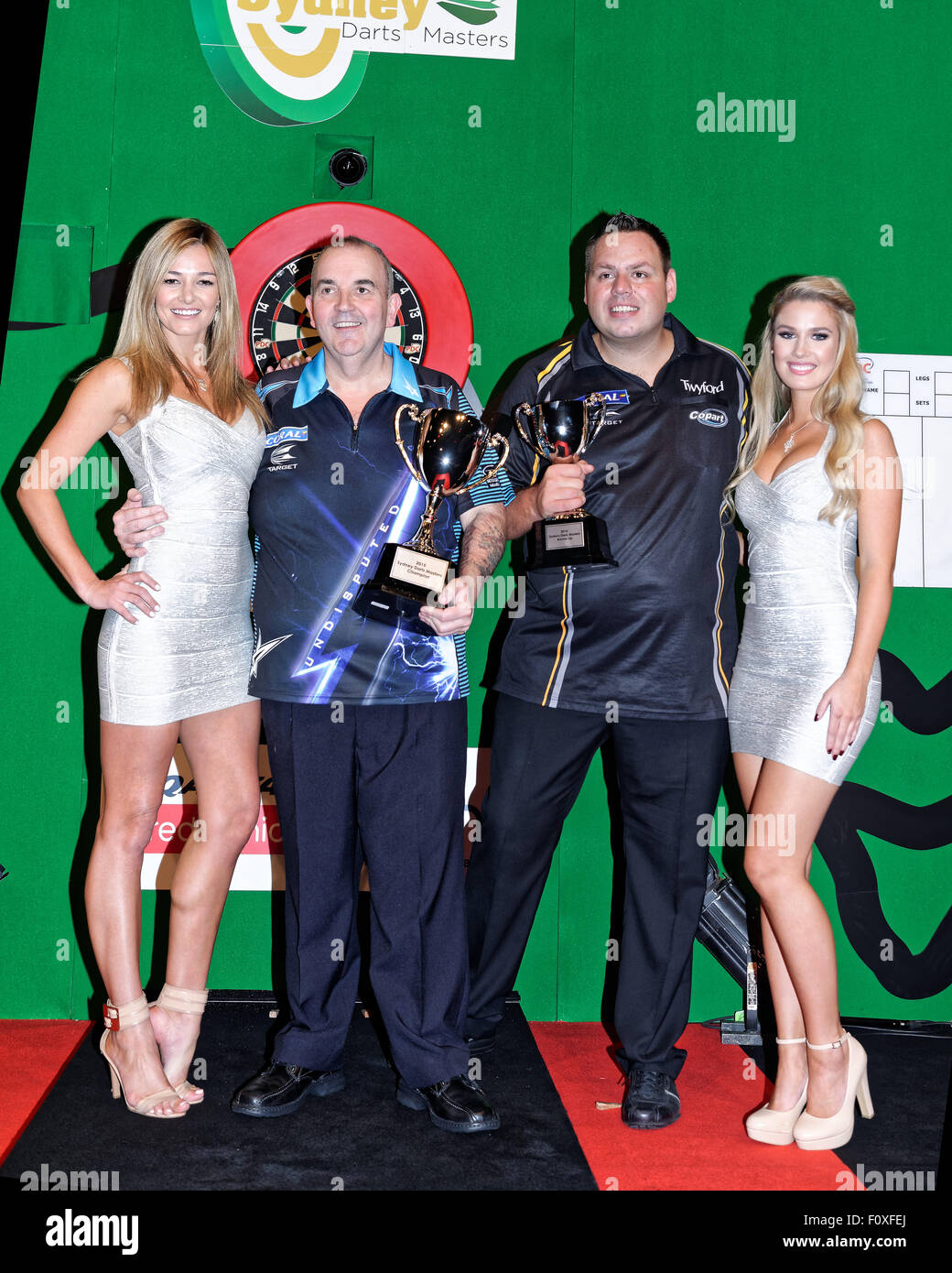 Page 2 - Phil Taylor Darts High Resolution Stock Photography and ...