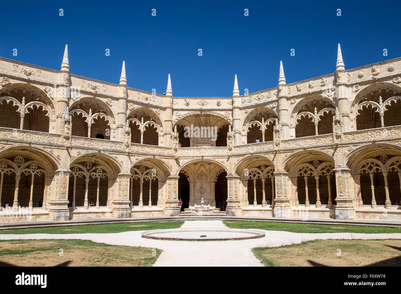 Cloisters in the Mosteiro dos Jerónimos, the monastery at Belem, Lisbon, Portugal - Stock Image