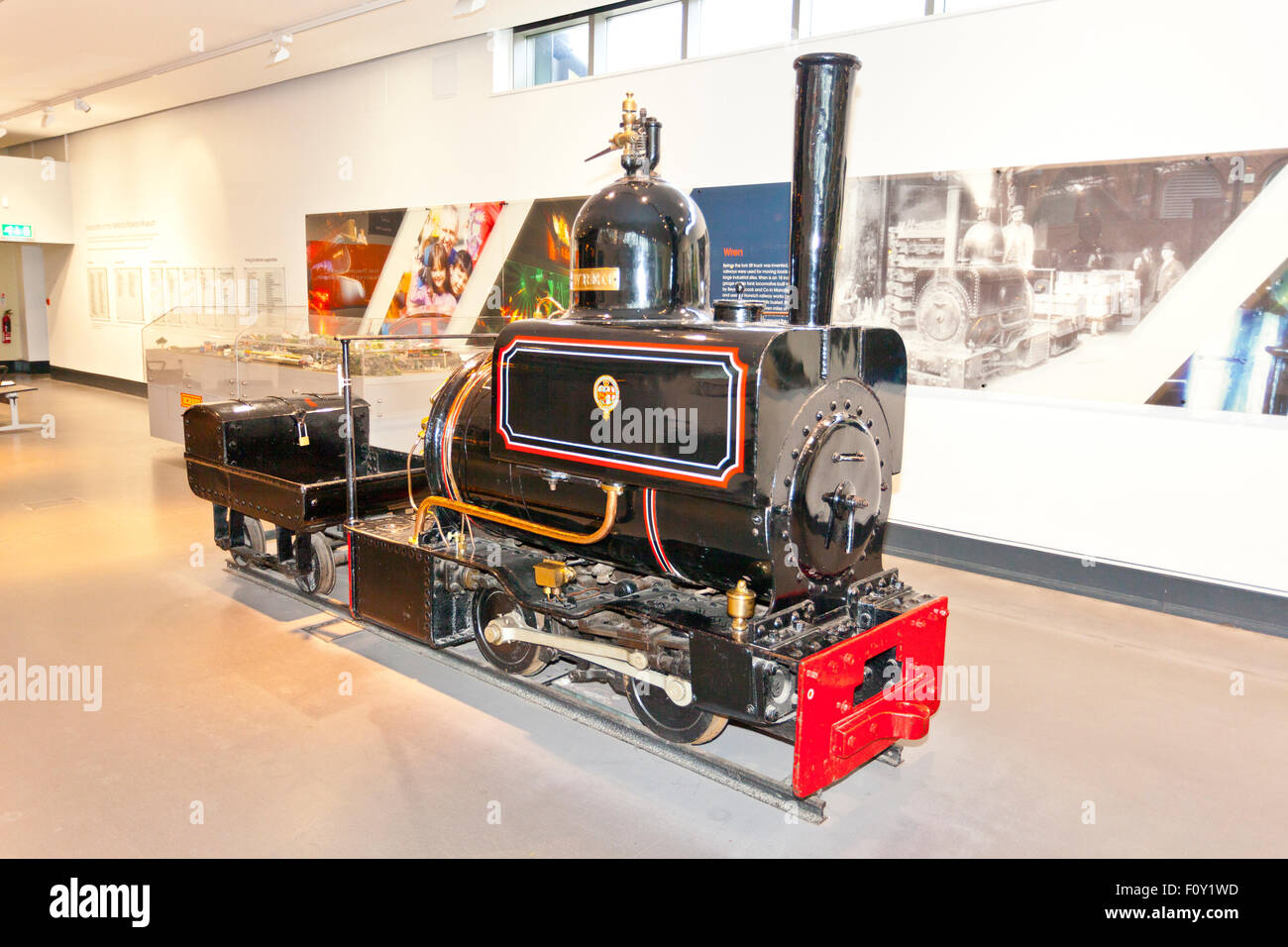 ex lyr horwich works narrow gauge loco wren in the national railway museum