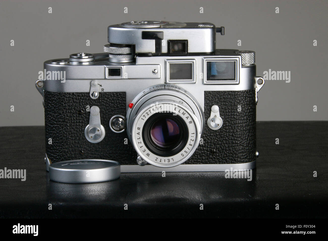 Vintage Leica M3 35mm double stroke camera in Chrome with