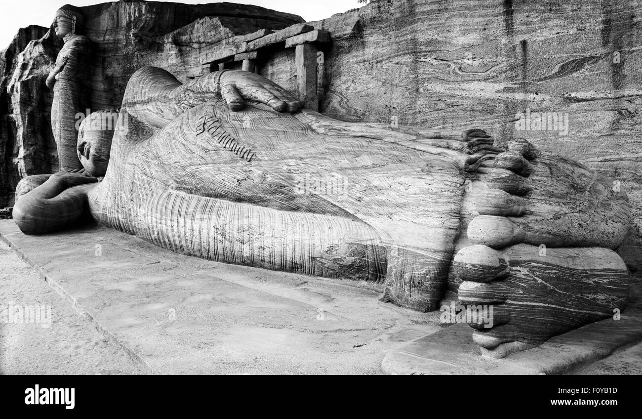 The Reclining Buddha at Gal Vihara, Polonnaruwa, Sri Lanka Stock Photo
