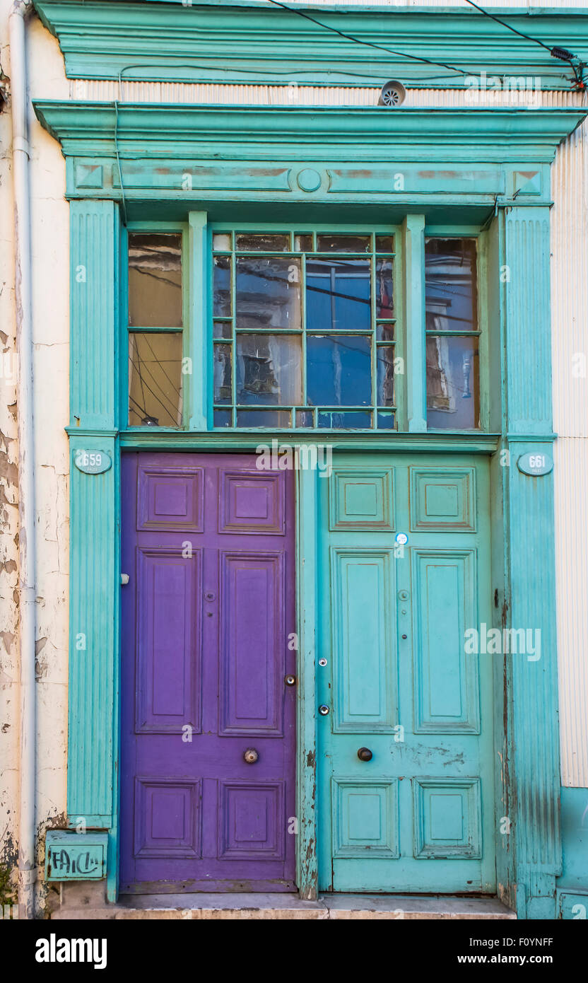 Colorful doorway, Valparaiso, Chile - Stock Image