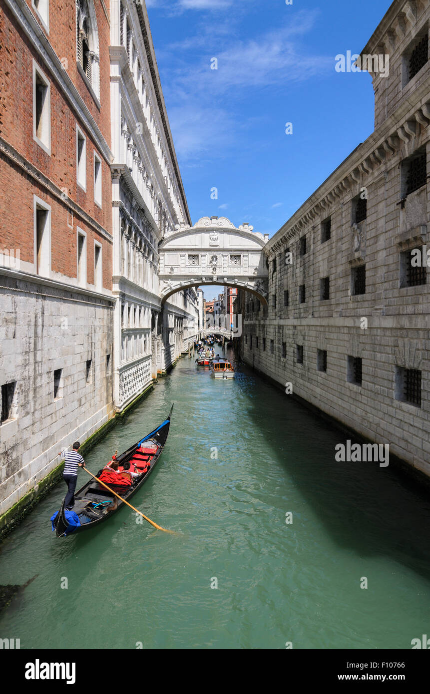 Ponte dei Sospiri commonly know as The Bridge of Sighs, Venice, Otaly. Stock Photo