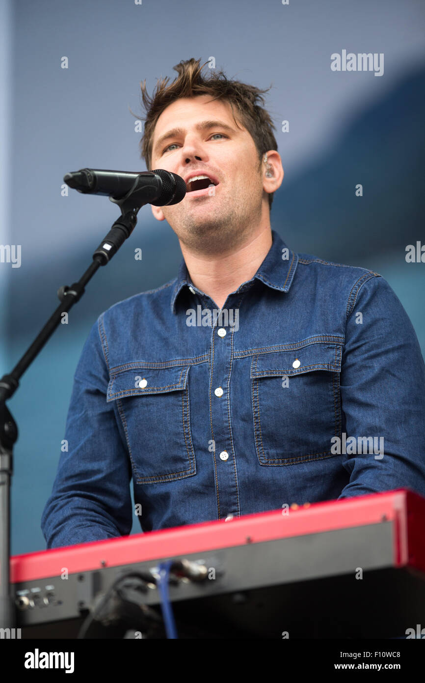 Roy Stride from Scouting for Girls  on Sunday (Aug 23) at the V Festival in Chelmsford,Essex - Stock Image