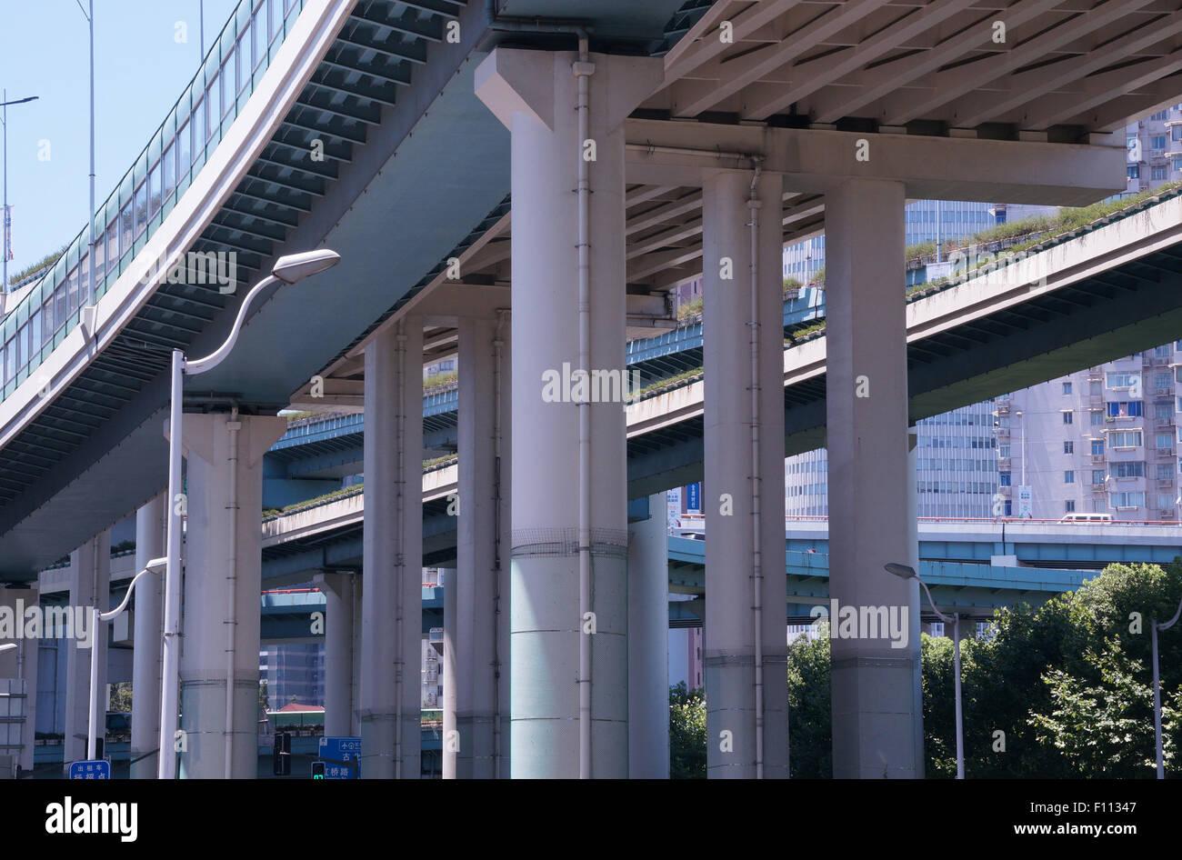 Crossing overpasses in Shanghai - Stock Image