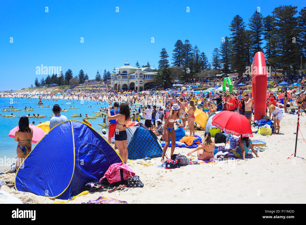 A very busy and crowded beach on Australia Day 2015 - Stock Image
