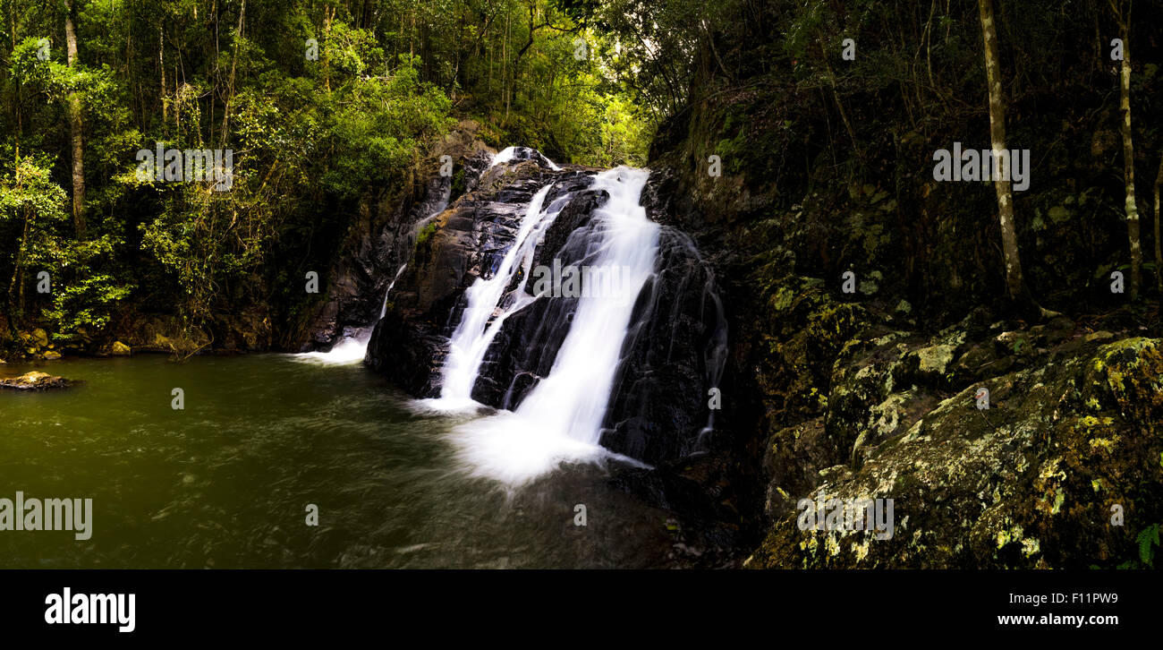 Dinner Falls. Barron River in the Mount Hypipamee National Park. Atherton Tableland, Far North Queensland. - Stock Image