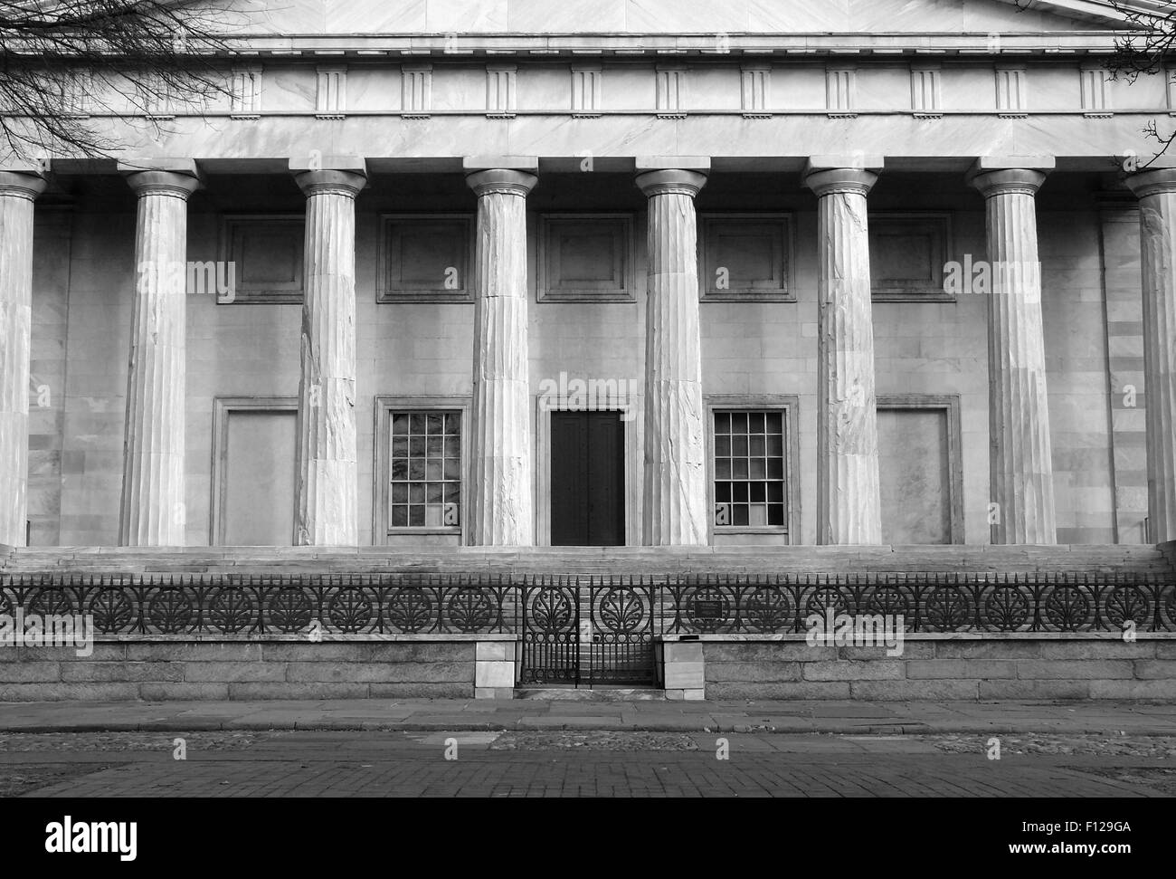 The historic Second National Bank building at Independence National Park in black and white. - Stock Image