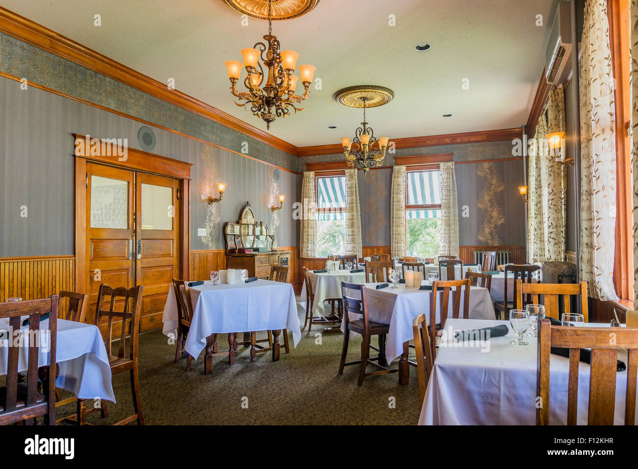 Dining room, Historic Quilchena Hotel, Quilchena, near Merritt, British Columbia, Canada - Stock Image