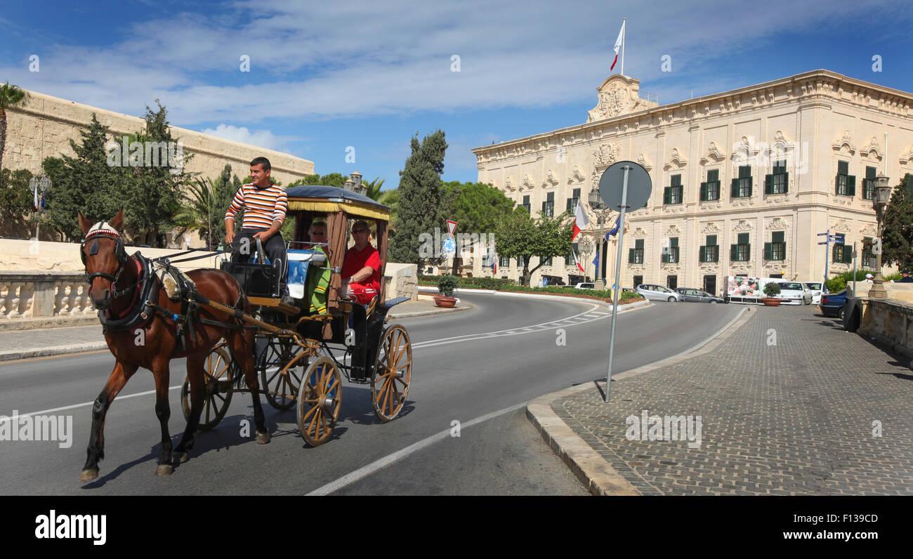 Traditional Maltese Karozzin horse drawn taxi in Valletta, Malta - Stock Image