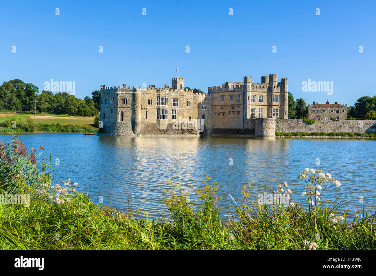 Leeds Castle, near Maidstone, Kent, England, UK - Stock Image