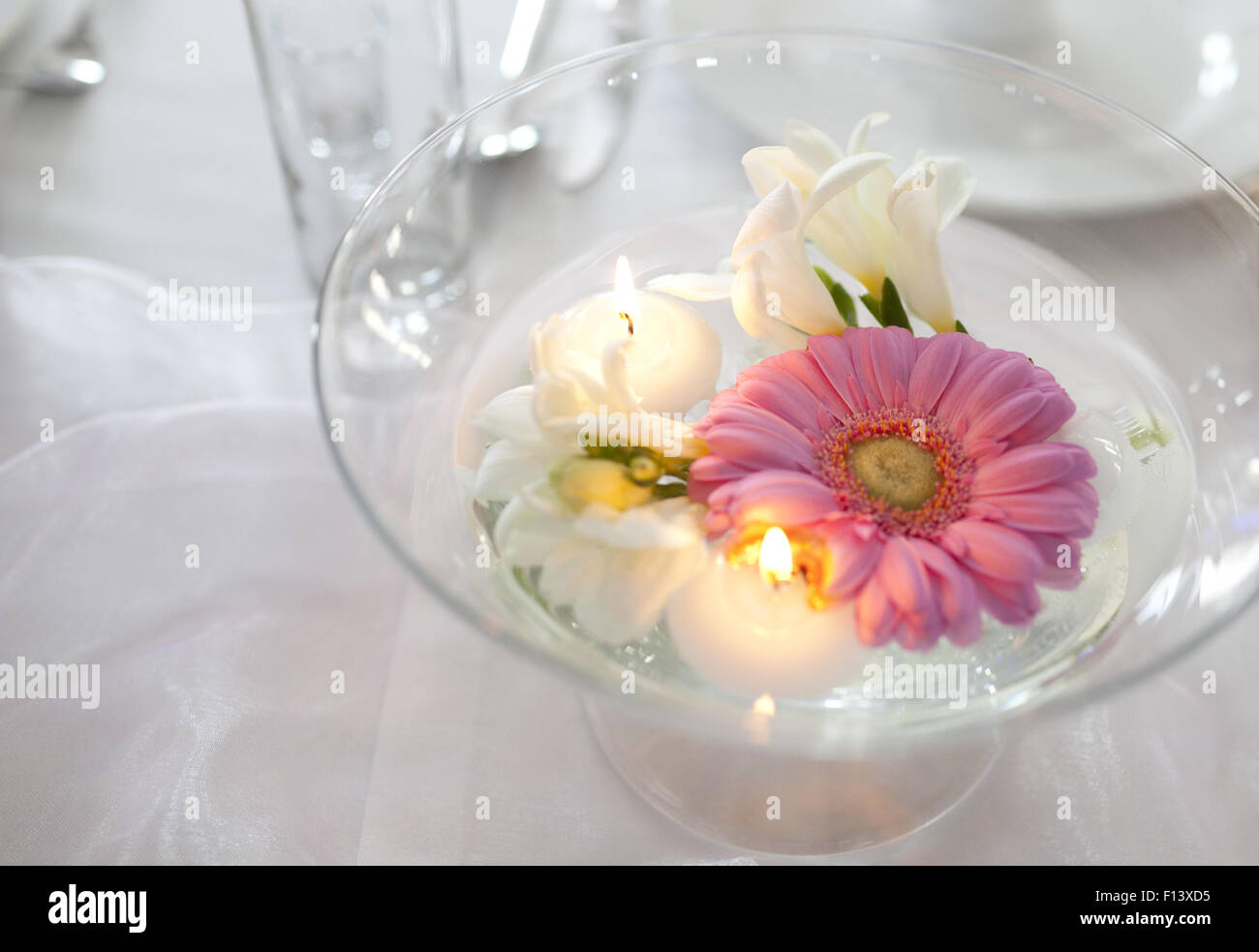Floating Candle Stock Photos & Floating Candle Stock Images - Alamy