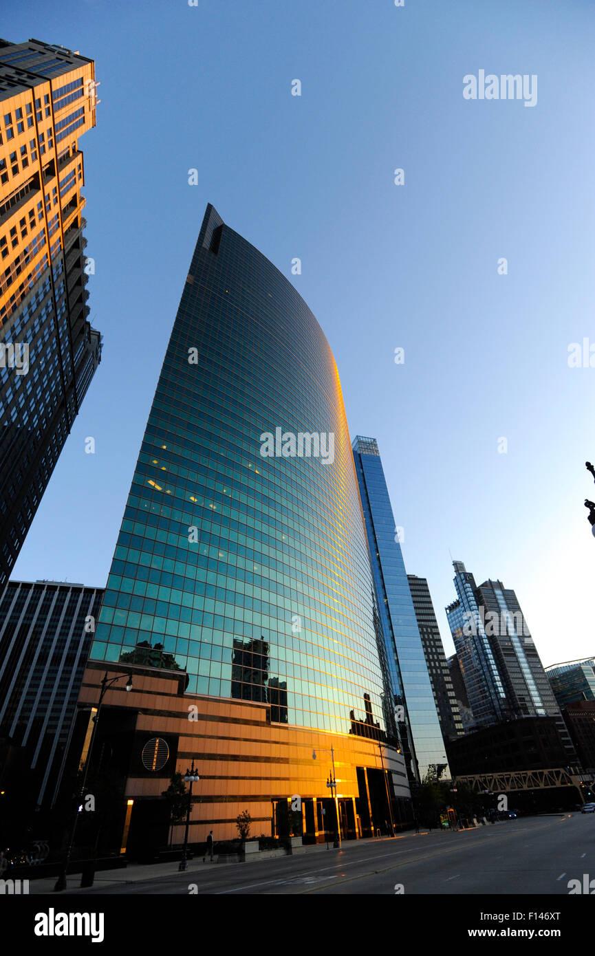 333 West Wacker Drive building, Chicago, Illinois - Stock Image
