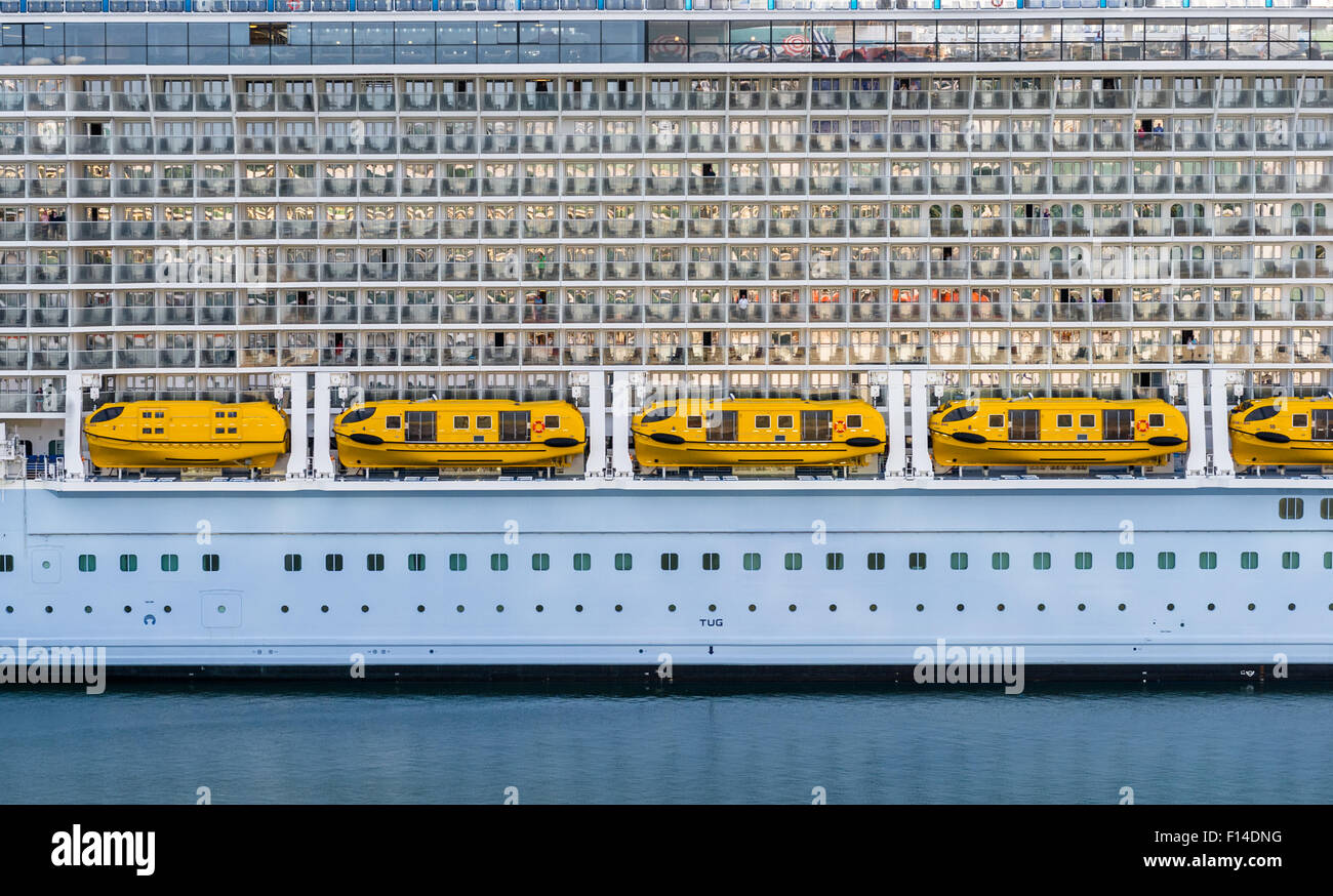 Royal Caribbean International cruise ship Anthem of the Sea, balcony cabins and lifeboats. - Stock Image