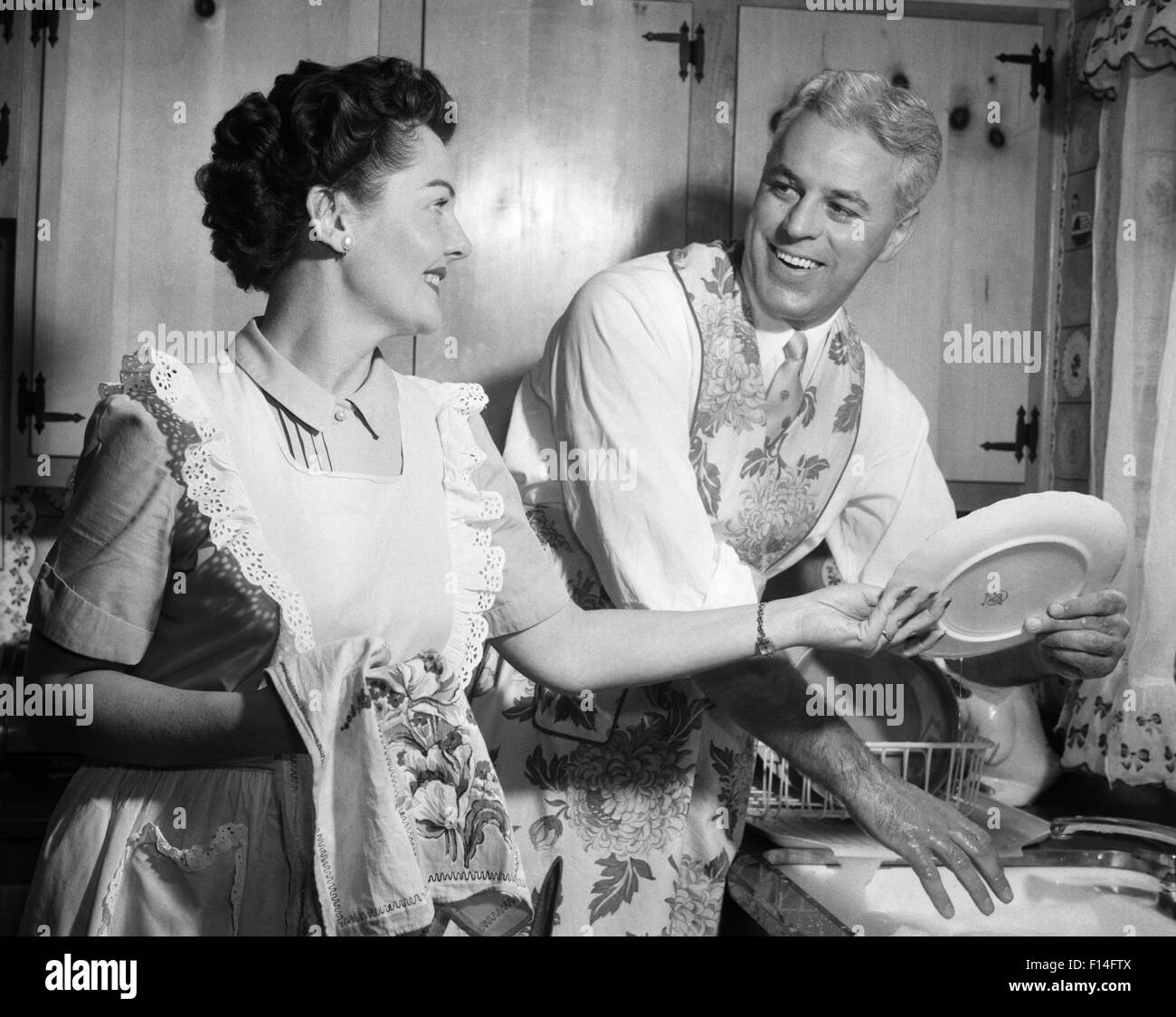 1950s housewife cleaning stock photos  u0026 1950s housewife cleaning stock images