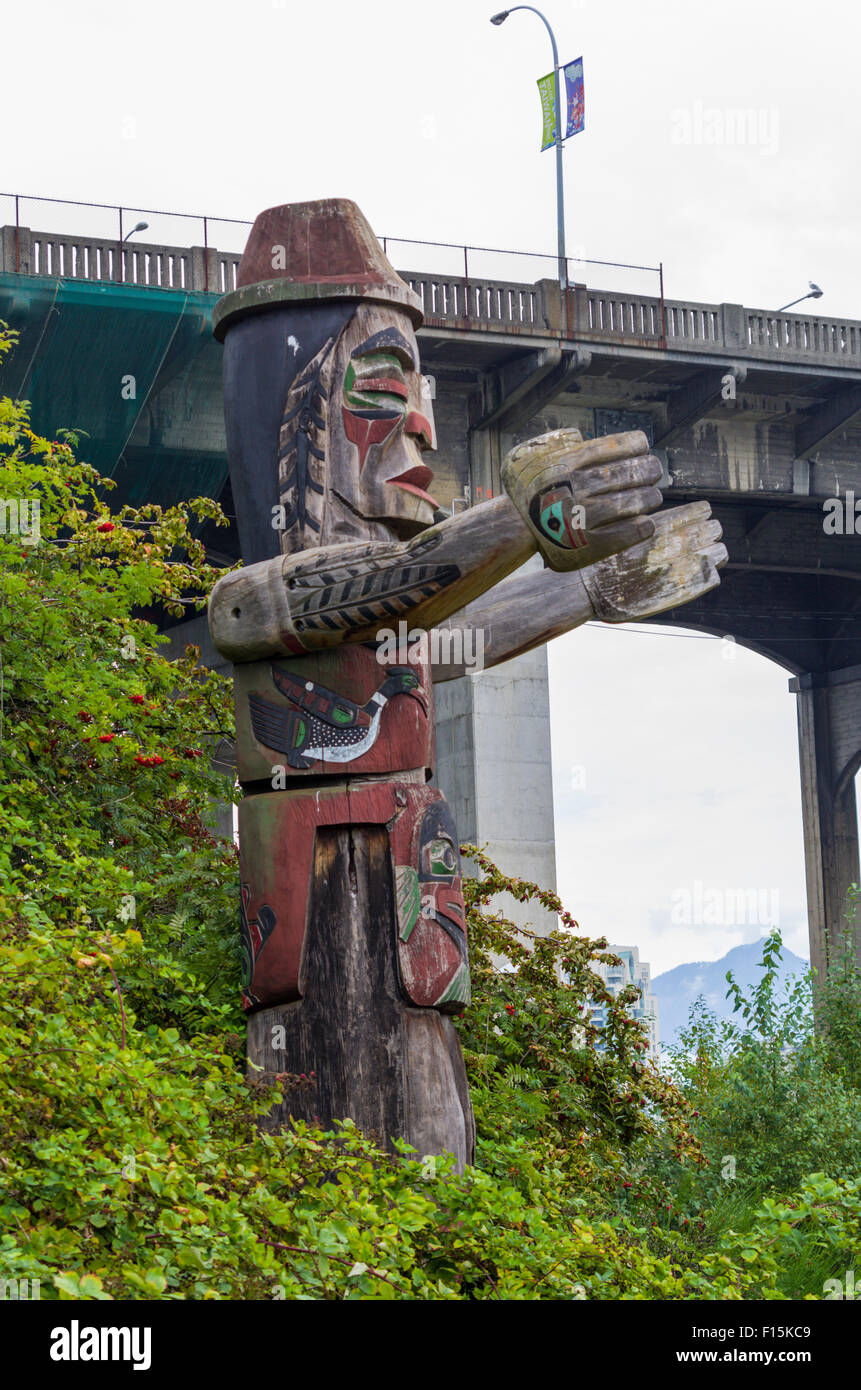 Totem Pole on Granville Island - Stock Image