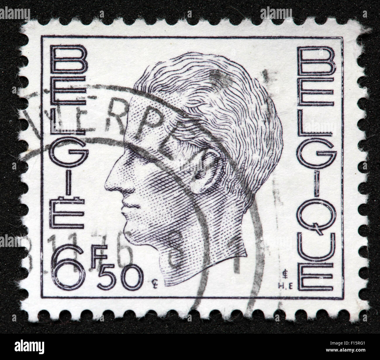 Postes Antwerpen Belgie Belgique 6f50 side head portrait man men stamp white Stock Photo