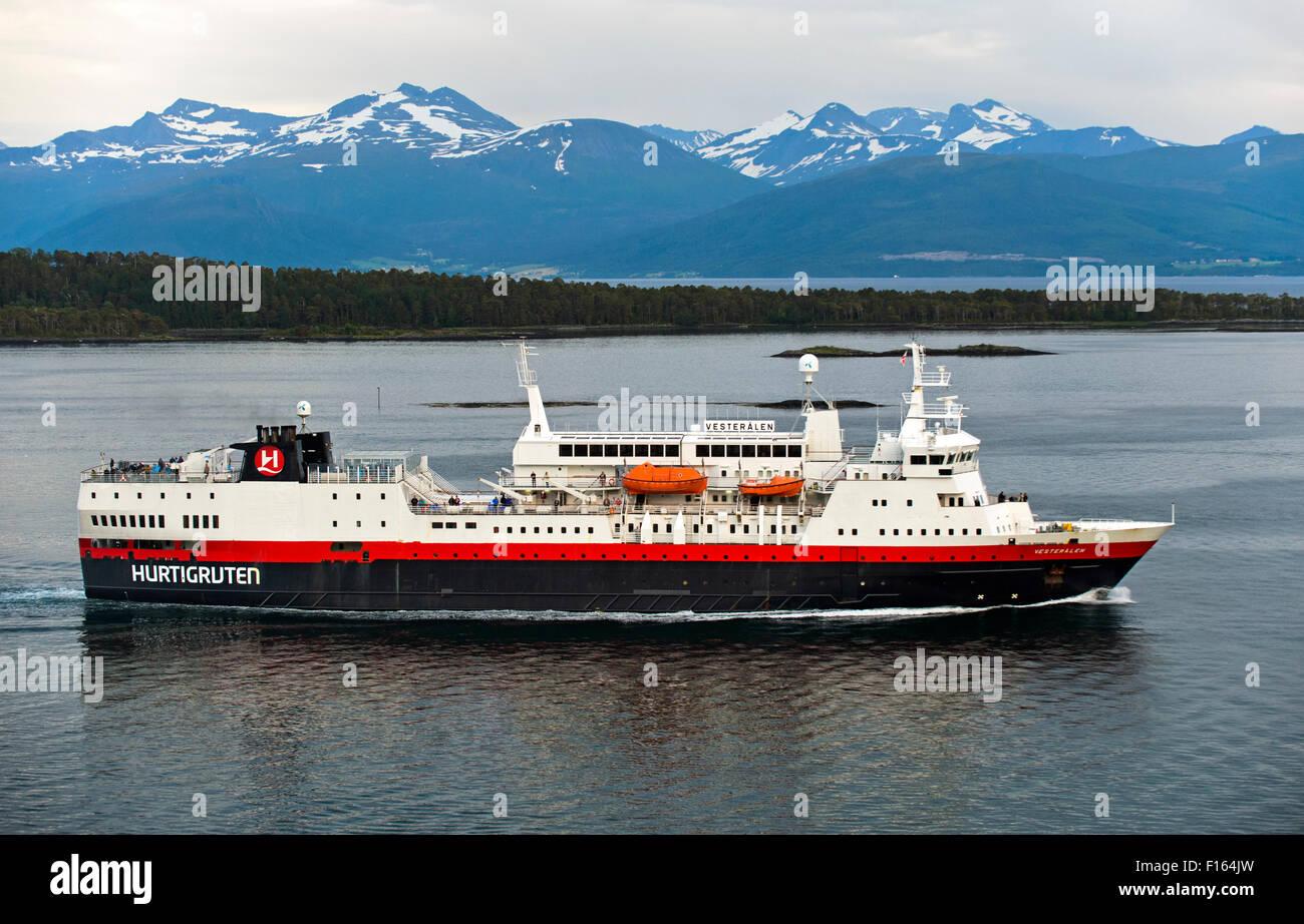 Hurtigruten passenger vessel MS Vesterålen in the Romsdalsfjord near Molde, Møre og Romsdal county, Norway - Stock Image