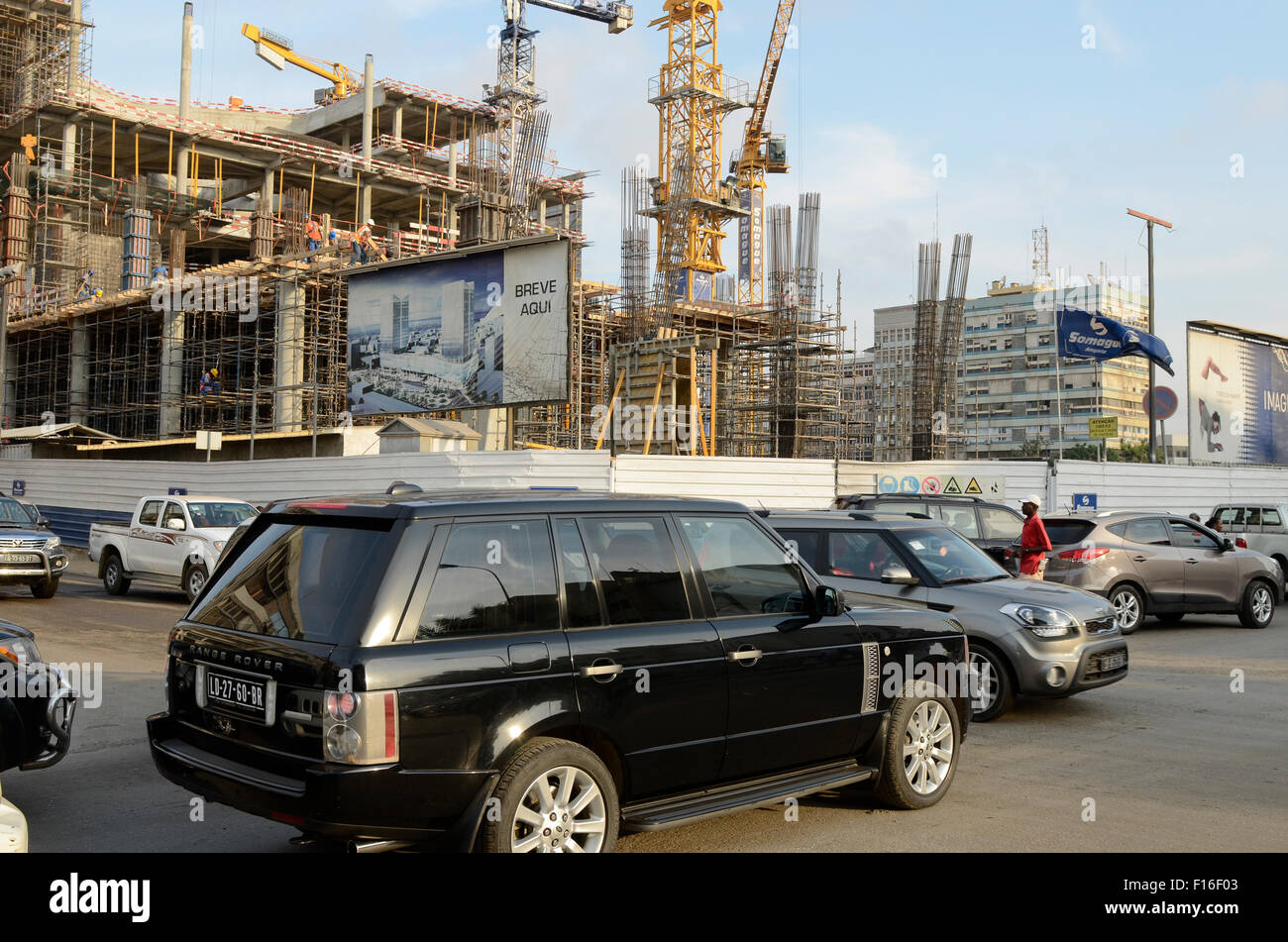 ANGOLA Luanda, the capital is one of the expensive real estate markets worldwide, construction site of new office - Stock Image