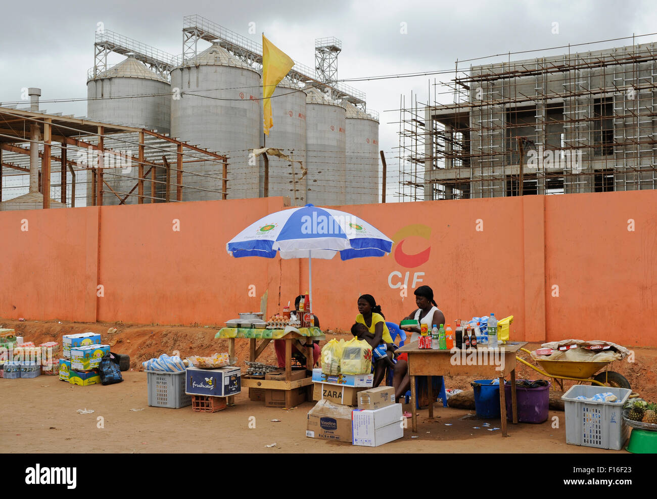 ANGOLA Luanda, the capital is one of the expensive real estate markets worldwide, construction site of new building - Stock Image