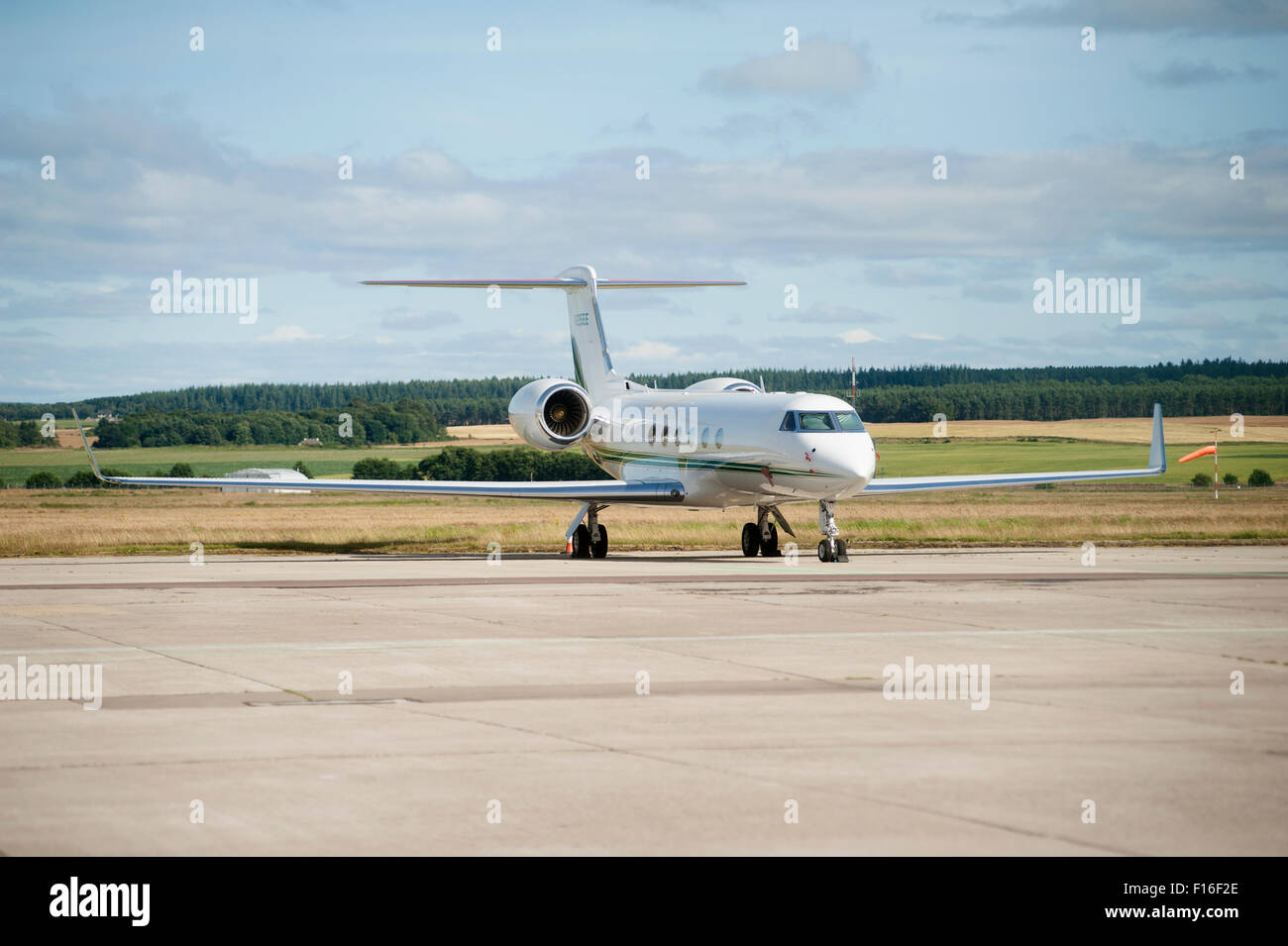 Gulfstream Aerospace G-IV Gulfstream IV-SP (N225EE) parked at Inverness airport, Scotland. - Stock Image