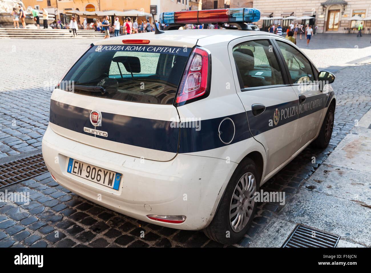 Fiat Punto Roma on fiat barchetta, fiat stilo, fiat coupe, fiat x1/9, fiat linea, fiat cinquecento, fiat 500 turbo, fiat cars, fiat marea, fiat ritmo, fiat bravo, fiat seicento, fiat spider, fiat doblo, fiat 500l, fiat 500 abarth, fiat multipla, fiat panda,