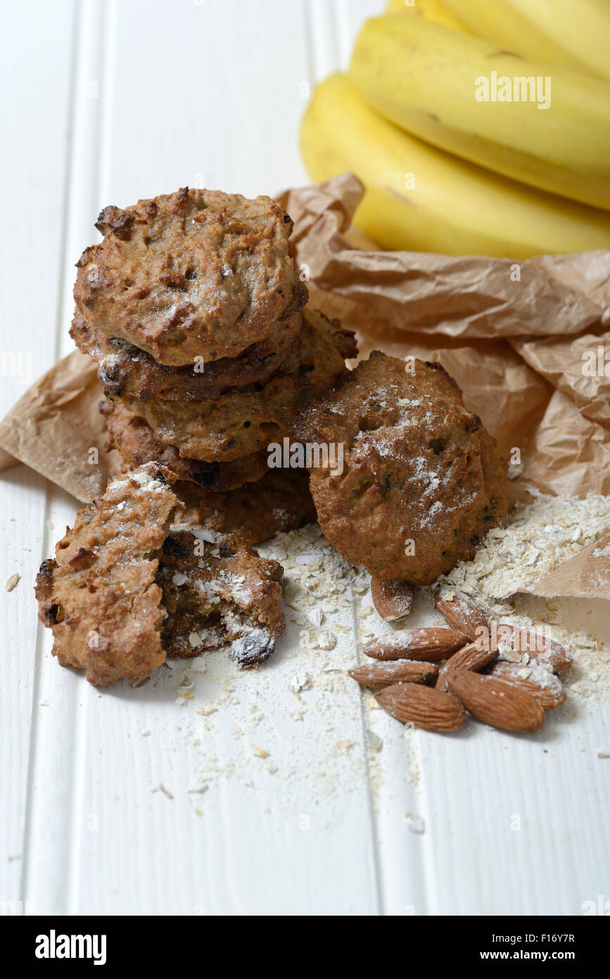 Homemade healthy oat and almond cookies - Stock Image