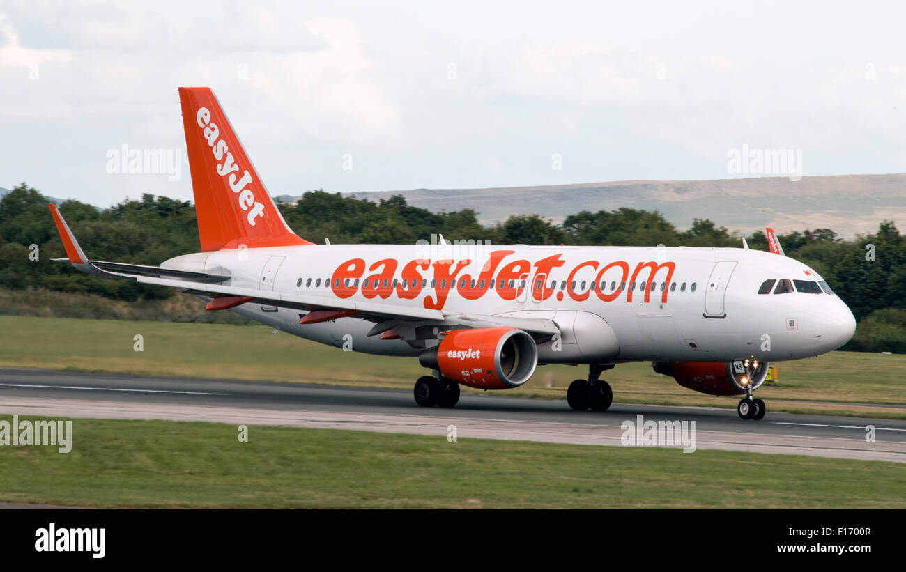 Aircraft information ModeS 406A93 Registration G-EZWS Type code A320 Type Airbus A320-214 S/N 6011 Airline EasyJet - Stock Image