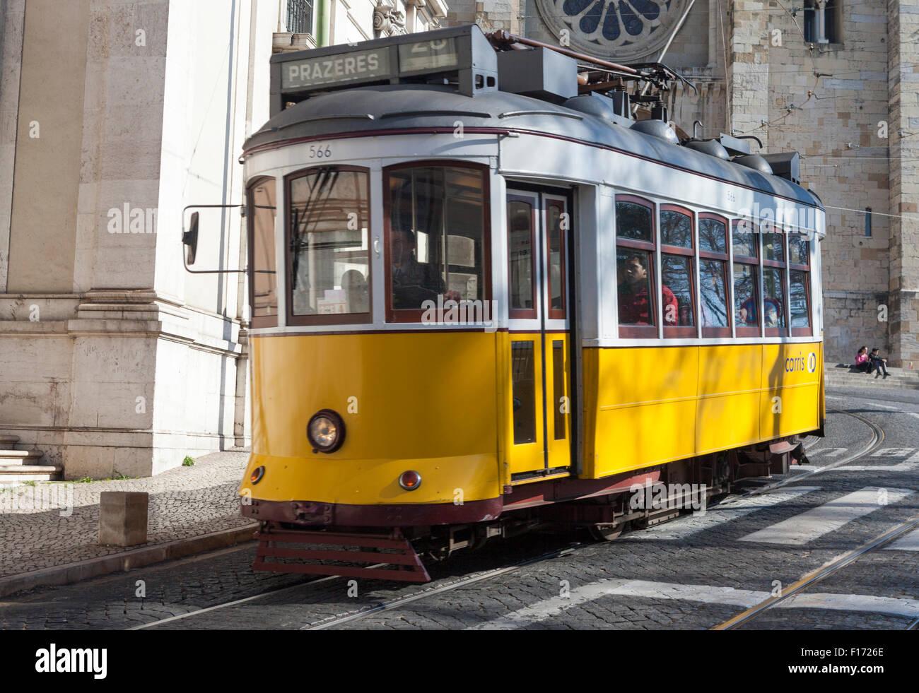 Trolley car descends Largo da Se in front of Catedral da Se in the Alfama district of Lisbon Portugal Stock Photo