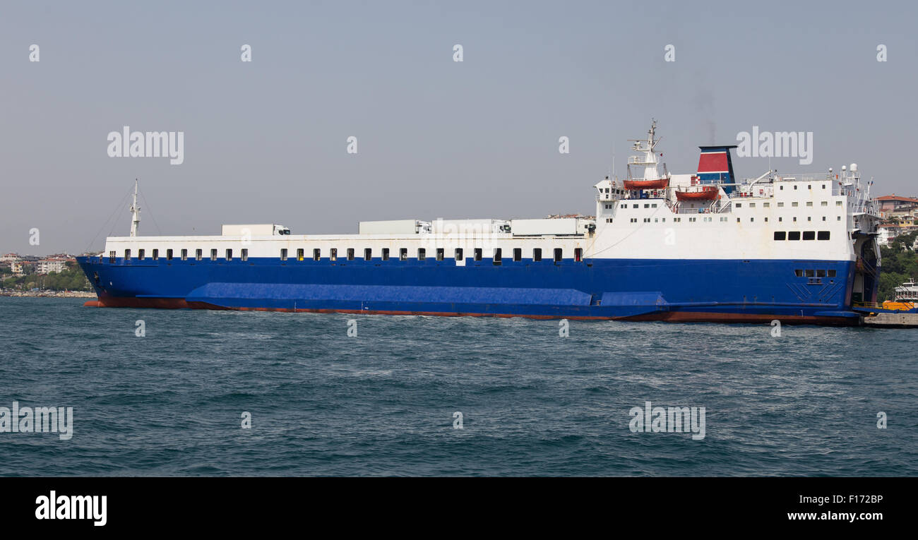 Roro Ship Stock Photos & Roro Ship Stock Images - Alamy