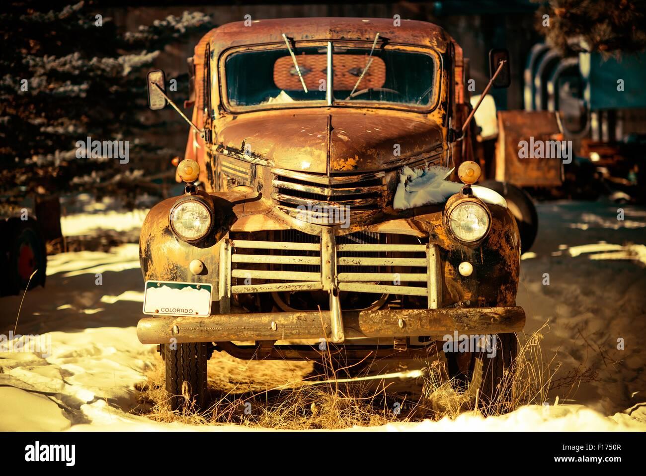 Junk Car Jalopy Stock Photos & Junk Car Jalopy Stock Images - Page 2 ...