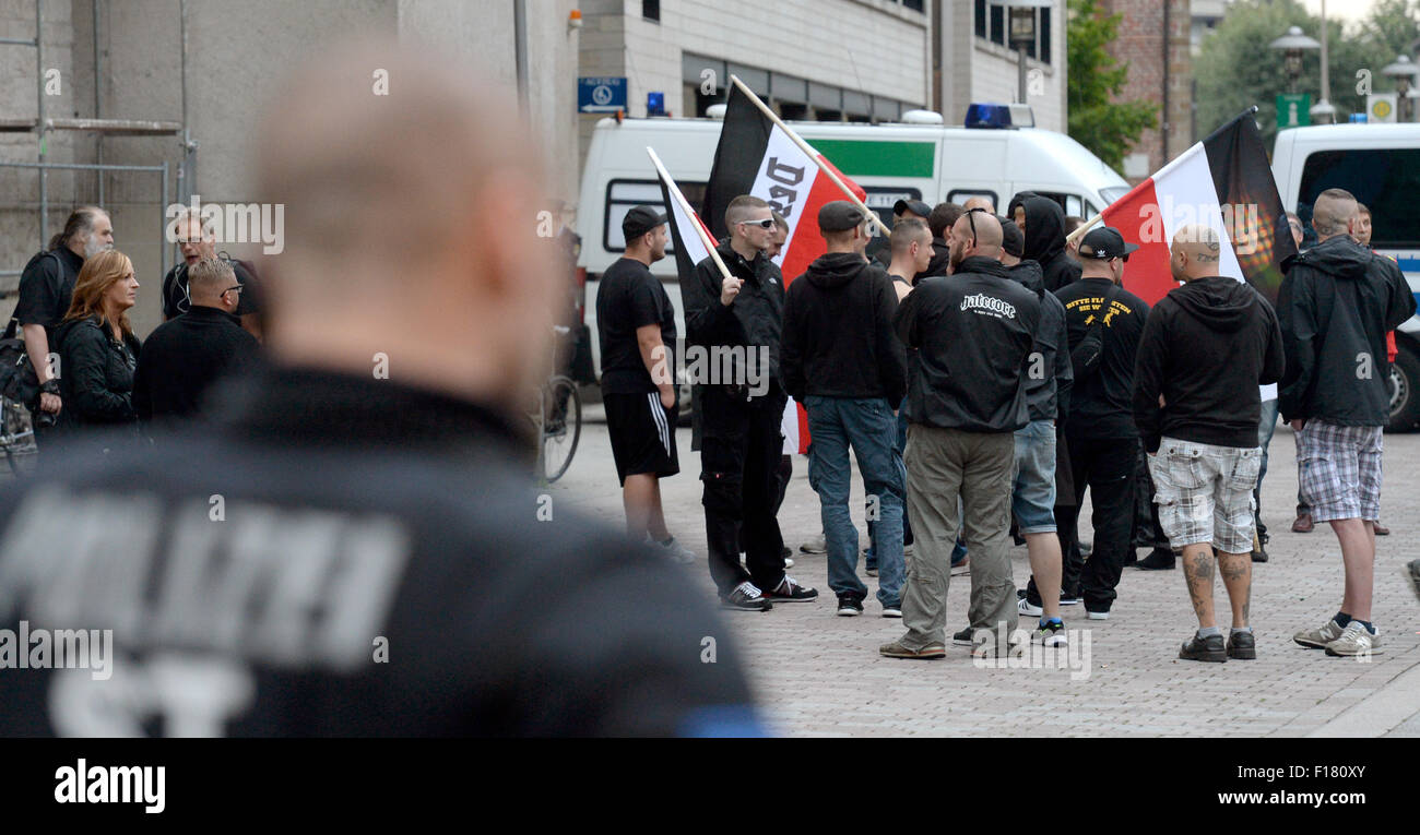 Dessau, Germany. 28th Aug, 2015. Right-wing extremists have gathered to rally for the 'Gida Regional' in - Stock Image