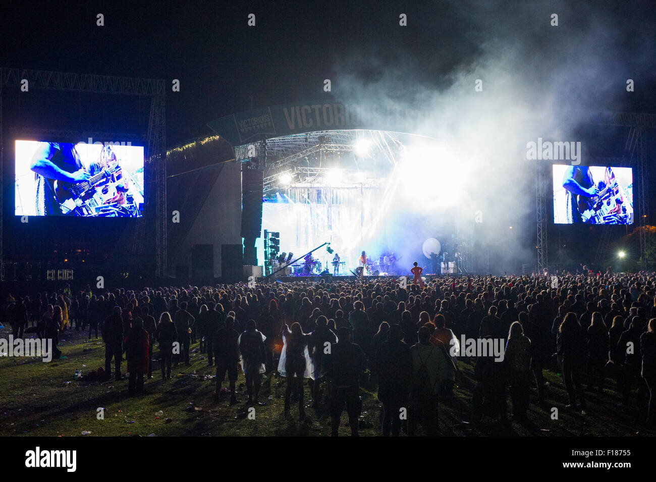 Portsmouth, UK. 29th August 2015. Victorious Festival - Saturday. A general view of the Common Stage with large Stock Photo