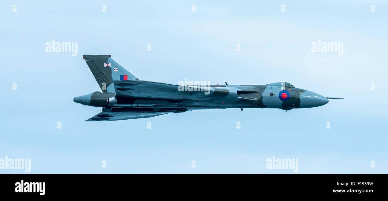 Avro Vulcan XH588 at Dawlish Air Show for the final time in 2015 - Stock Image