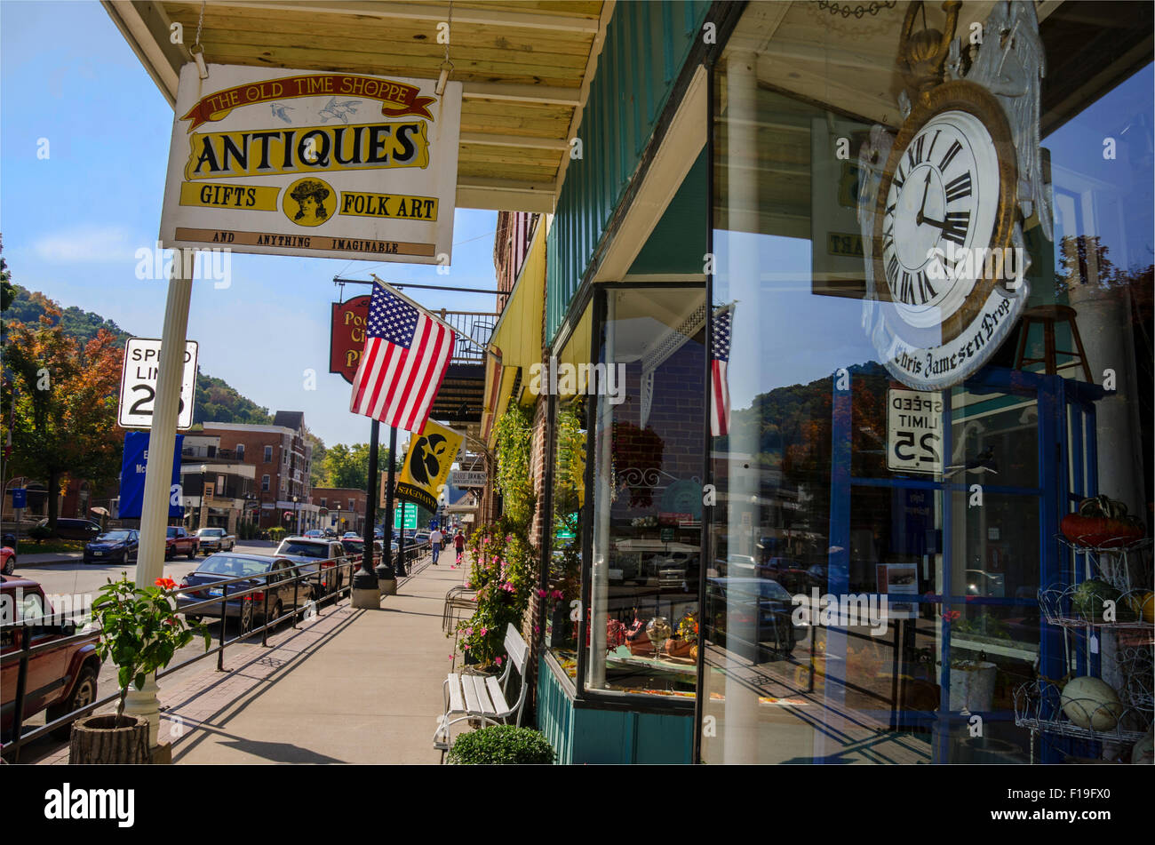 The Old Time Shoppe Antiques  store  in McGregor, Iowa Stock Photo
