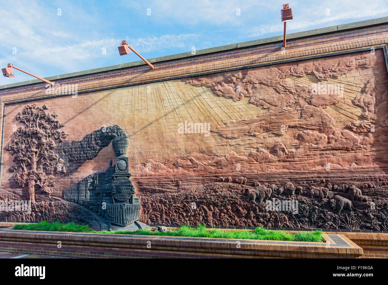 "Nebraska, Lincoln, Historic Haymarket District, brick mural ""Iron Horse Legacy""  by artist Jay Tschettar Stock Photo"