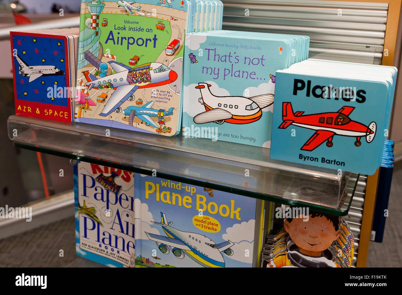 Kinds aviation books at bookstore - USA - Stock Image