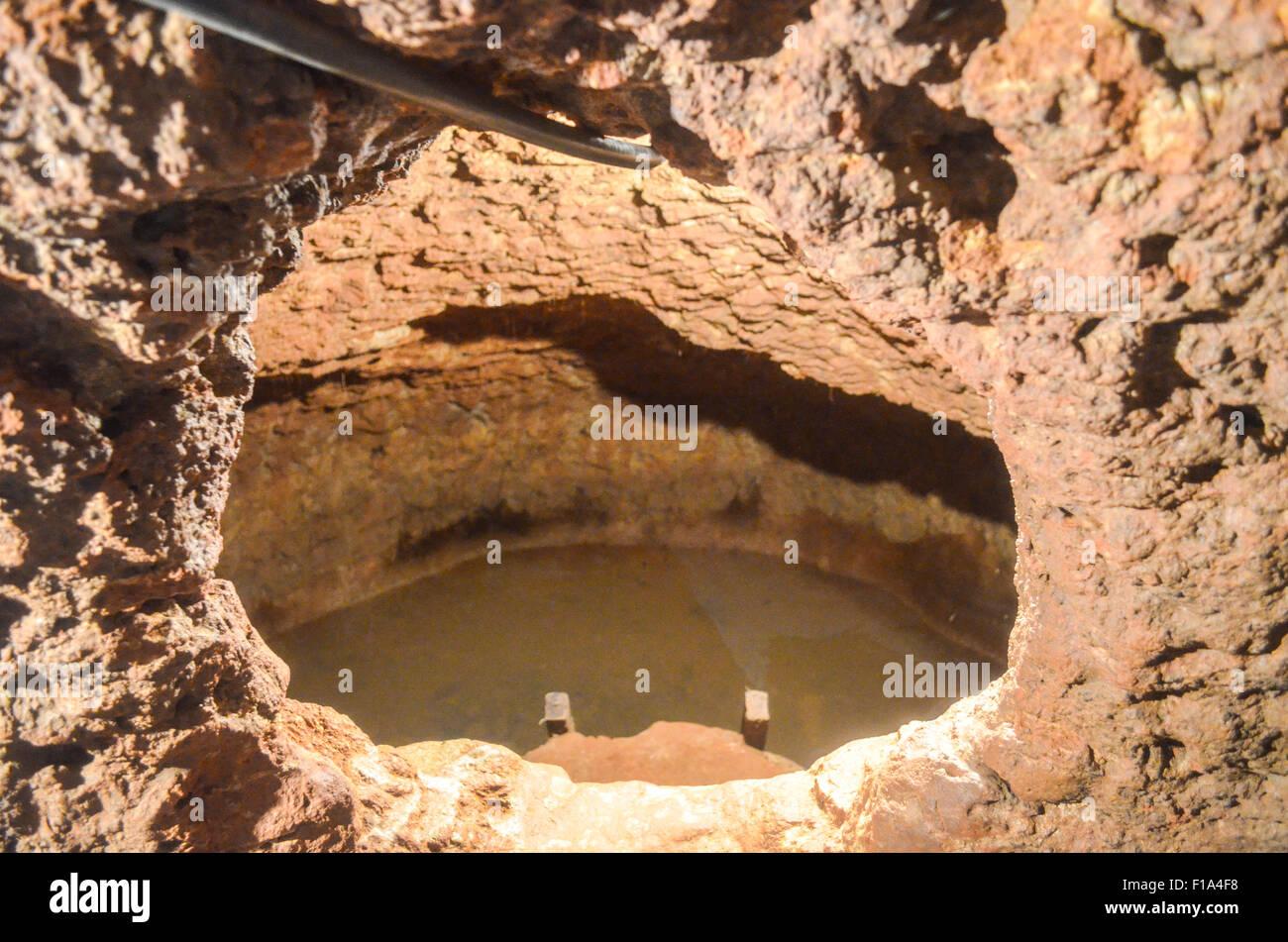 Underground dwelling in Abomey, Benin (Agongointo-Zoungoudo Village souterrain) - Stock Image