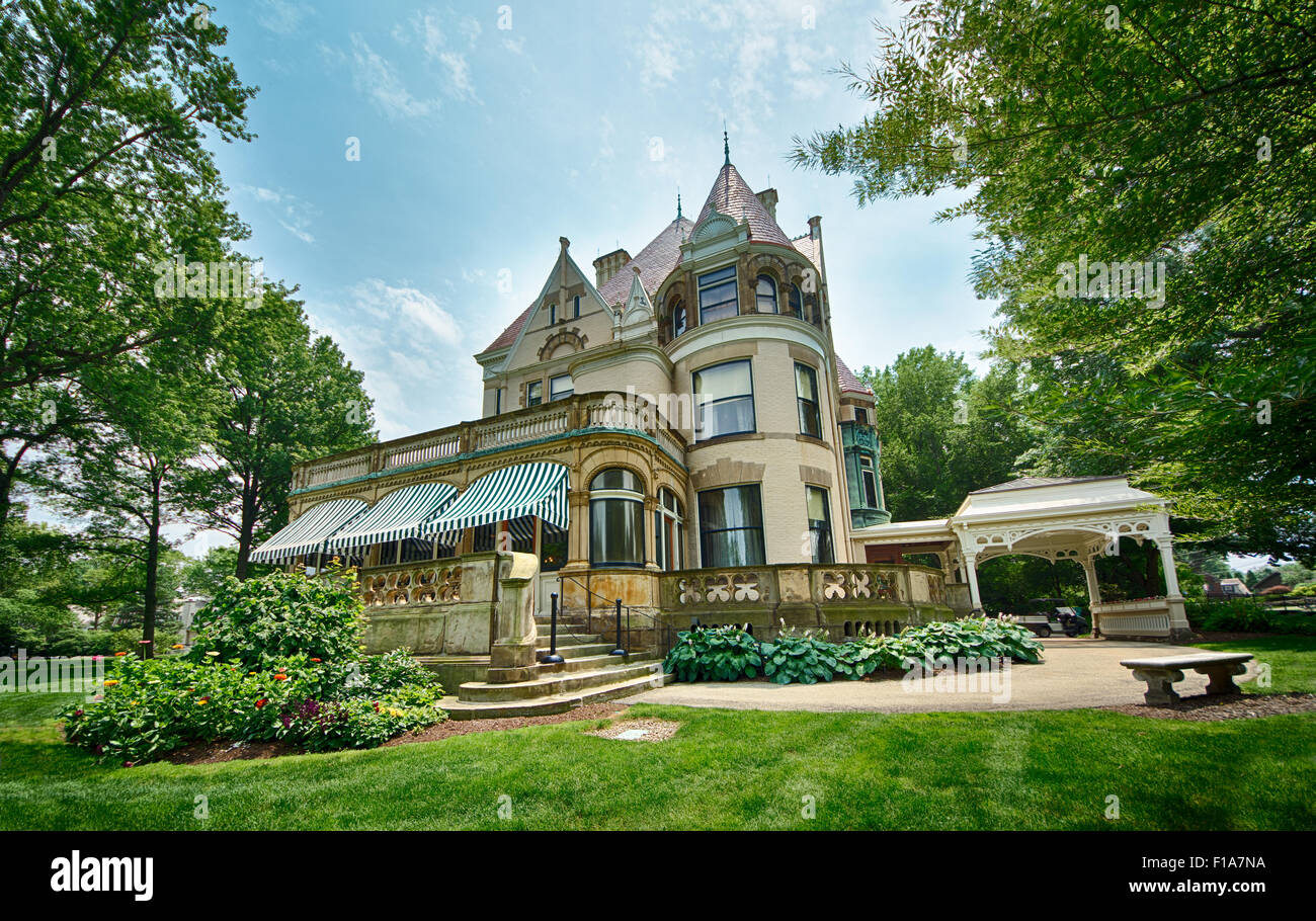 The centerpiece of the Frick Art & Historical Center is the Clayton House, the restored Victorian home of Henry - Stock Image