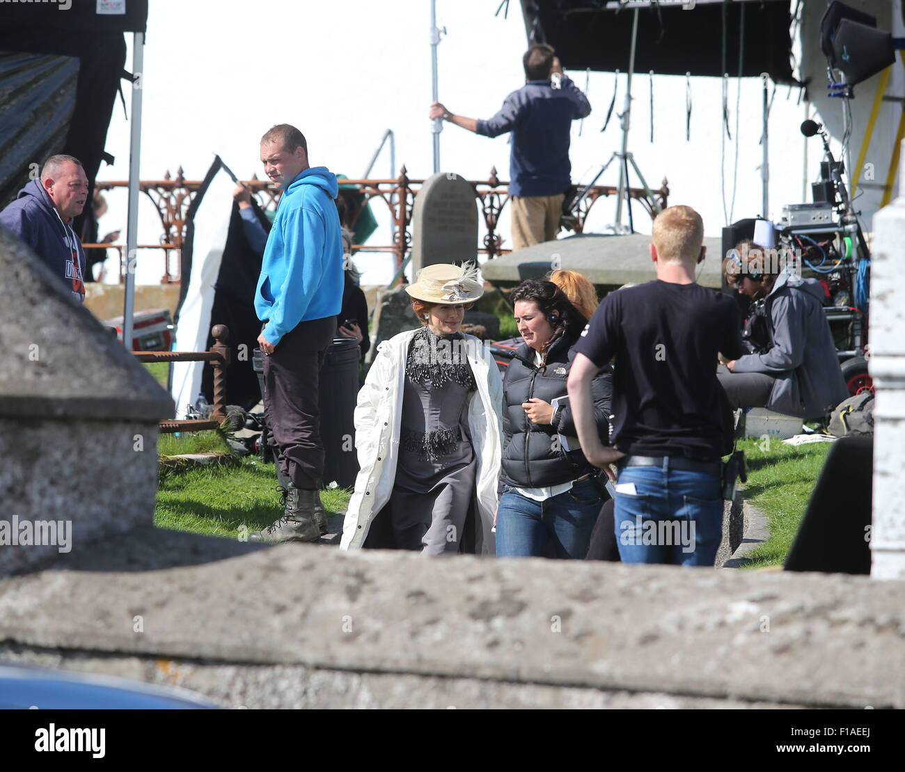 """Ballintoy, Co Antrim, UK.  31st August, 2015. Sienna Miller who is starring in """"The Lost City of Z""""  Filming is Stock Photo"""