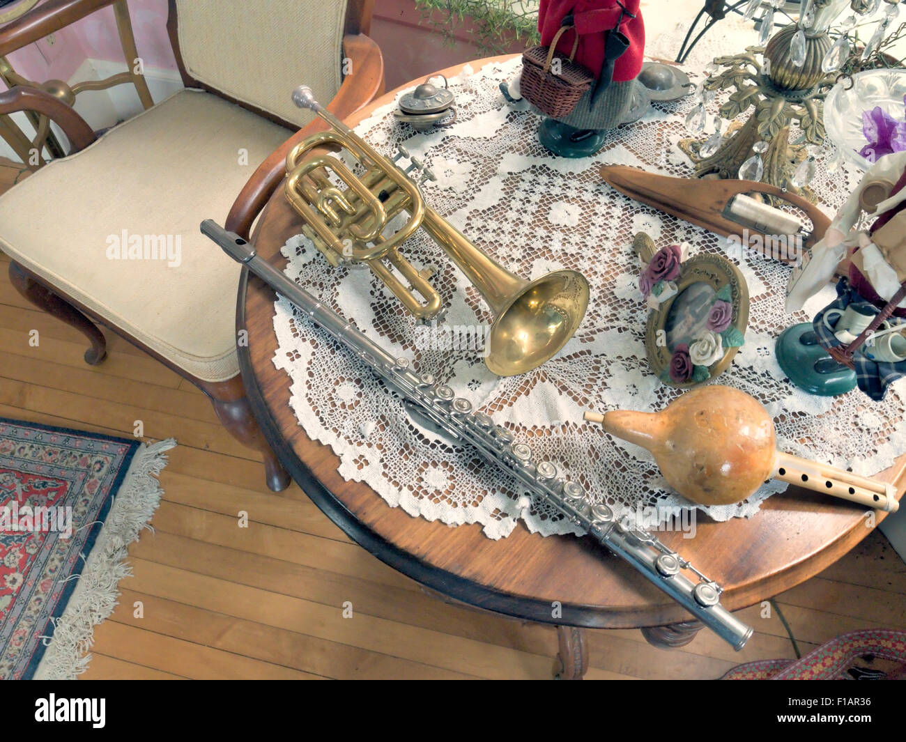 A table with bric-a-brac - Stock Image